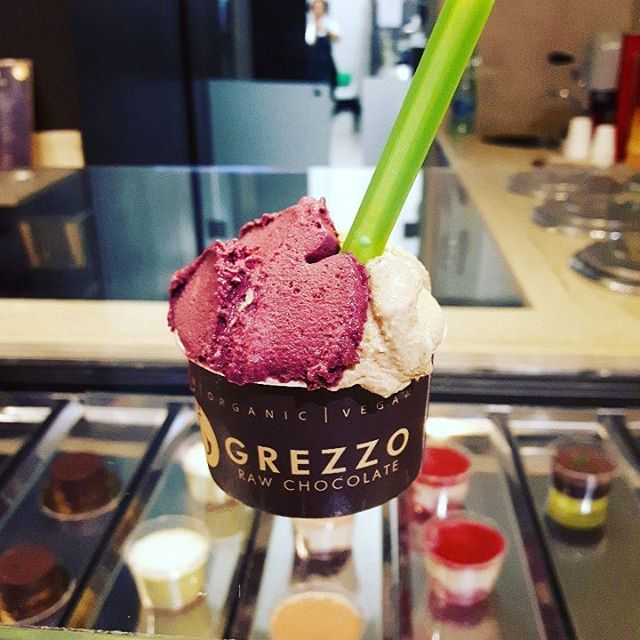 It's Grezzo time! #grezzo #icecream tastes like nothing else. And icy experience close to a revelation. All ingredients #raw and #vegan. Don't be disappointed by the minuscule 3 euro cup: it's so good and nourishing that you won't need more. Probably the best icecream in Rome, but I'll keep tasting!